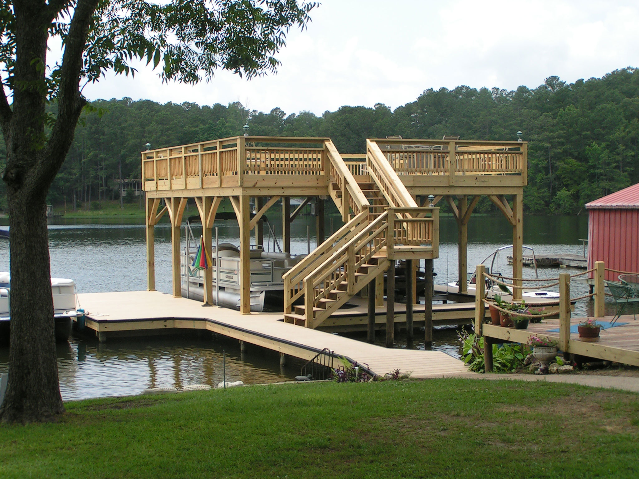 Sundecks On Logan Martin Lake By Tradesman